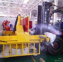 精密焊接机器人设备搬运