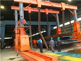 液压龙门吊吊装重型物件