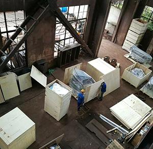 机械设备包装箱现场打包